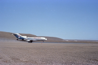 Pacific Western Boeing 727 taking off from Resolute Airport, 1979