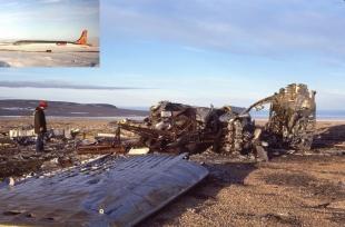 Crashed USAF C-54 Douglas Skymaster, Resolute, NWT, 1979 Registration 44-9066 Crashed on take-off, April 13 1950 (no injuries)